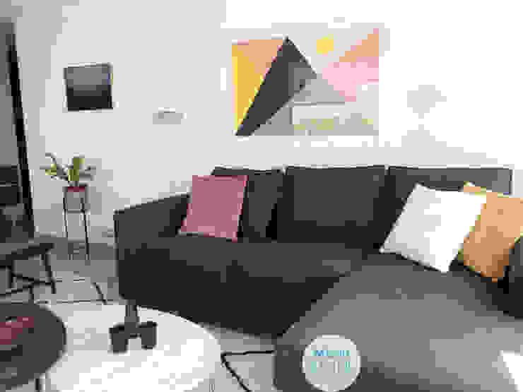 Detalles sofa y mesas de centro living de Moon Design Moderno