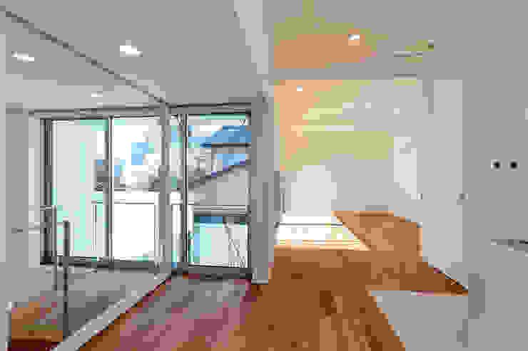 国分中央の住宅 アトリエ環 建築設計事務所 モダンデザインの リビング