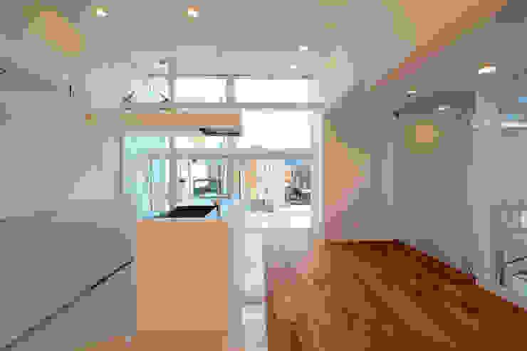 国分中央の住宅 アトリエ環 建築設計事務所 モダンデザインの ダイニング