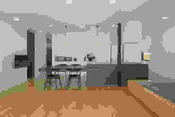 霧島の住宅 アトリエ環 建築設計事務所 モダンな キッチン