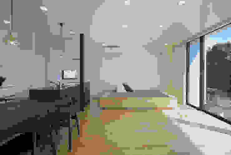 霧島の住宅 アトリエ環 建築設計事務所 モダンデザインの リビング
