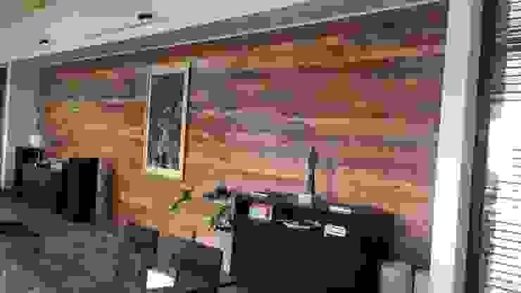 Adelek 牆壁與地板牆壁與地板罩 木頭 Wood effect