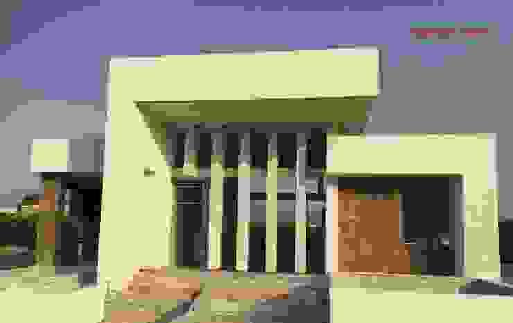 Fachada Norte frontal de una vivienda moderna. DYOV STUDIO Arquitectura, Concepto Passivhaus Mediterraneo 653 77 38 06 Villas Caliza Blanco