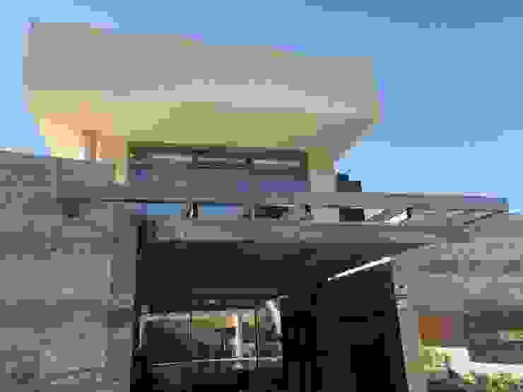 Vuelos protectores de DYOV STUDIO Arquitectura, Concepto Passivhaus Mediterraneo 653 77 38 06 Moderno Mármol