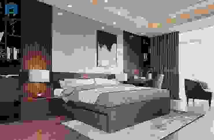 Điểm xuyến cho căn phòng là các lam gỗ được gắn hai bên, nổi bật chính giữa là bức tranh nghệ thuật Phòng ngủ phong cách hiện đại bởi Công ty TNHH Nội Thất Mạnh Hệ Hiện đại Gỗ thiết kế Transparent