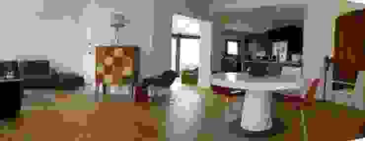 séjour après travaux Salon moderne par FARACHE CLAUDE Moderne