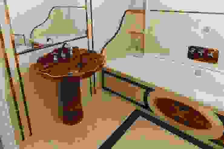 CusenzaMarmi Classic style bathroom
