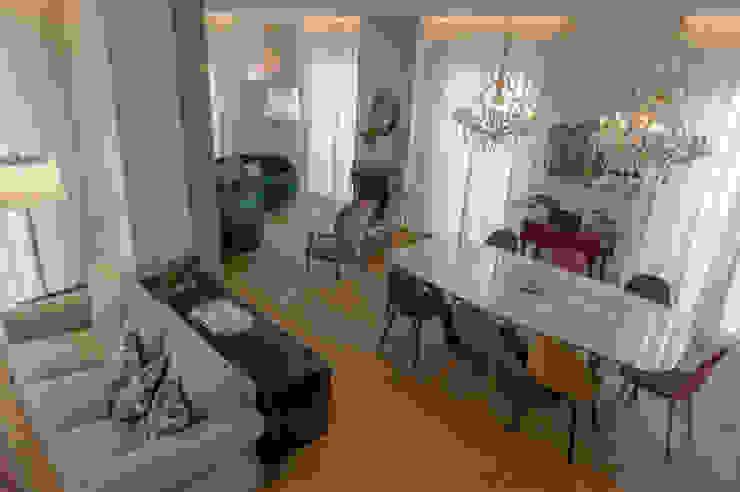 Archifacturing Salas de estilo ecléctico