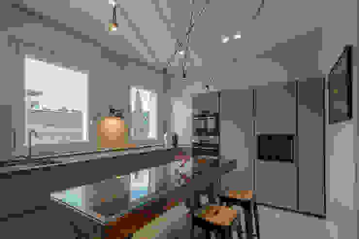 Archifacturing Cocinas equipadas Beige