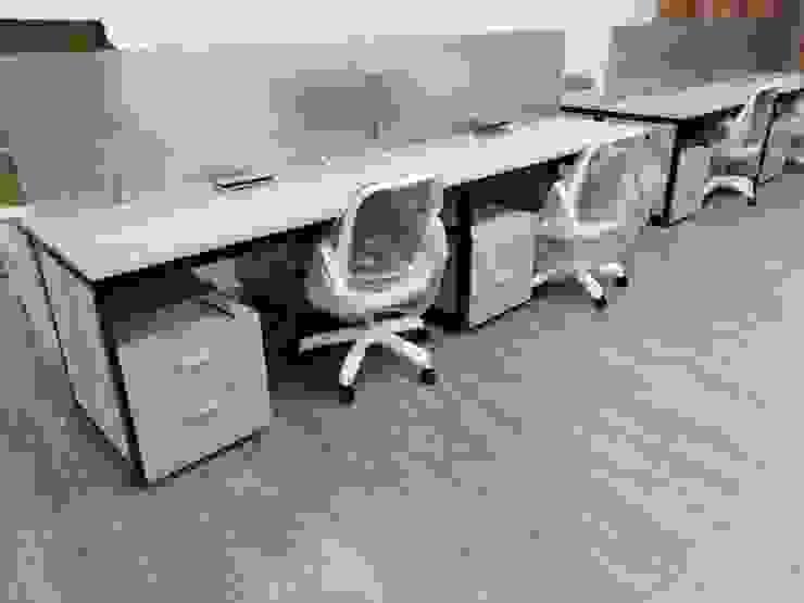 Puestos de trabajo operativos de .K-Design arquitectura y diseño interior Moderno