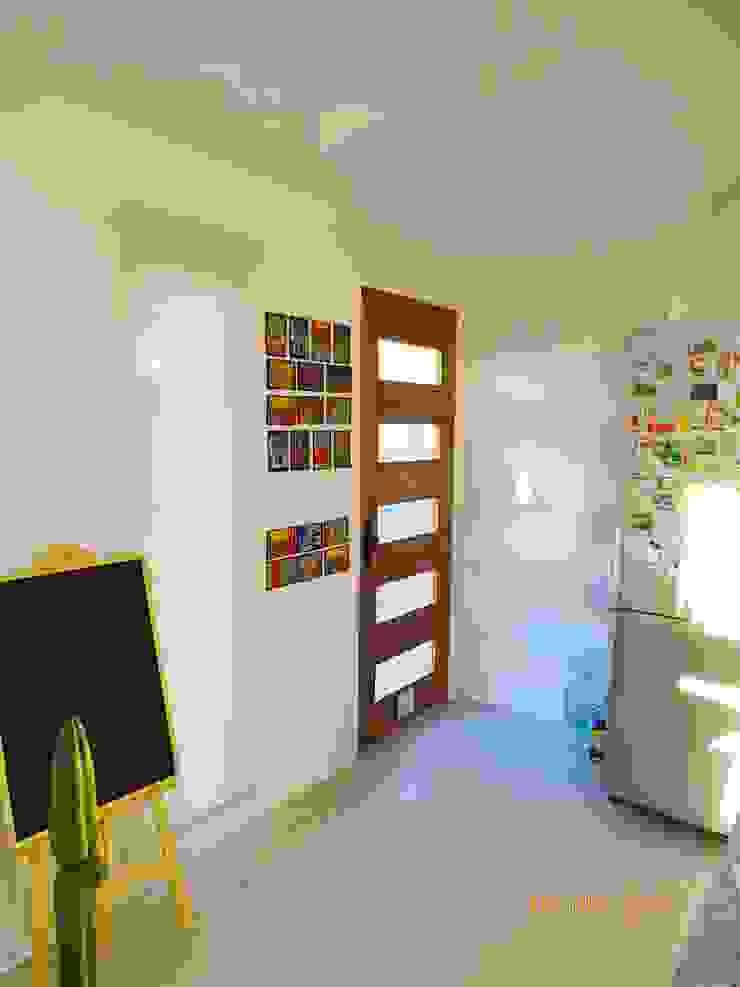 Montgreen Ecomodular Scandinavian style corridor, hallway& stairs