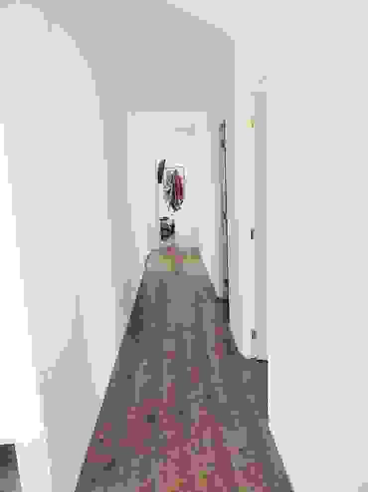 Montgreen Ecomodular Ingresso, Corridoio & Scale in stile scandinavo