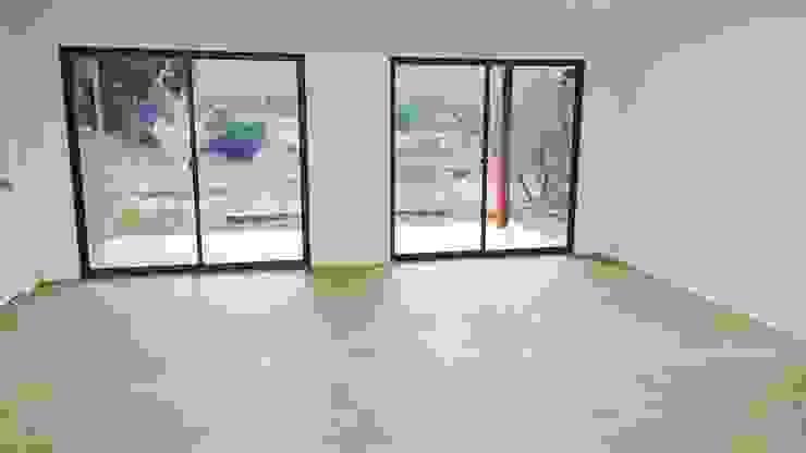 Столовая комната в стиле минимализм от Montgreen Ecomodular Минимализм