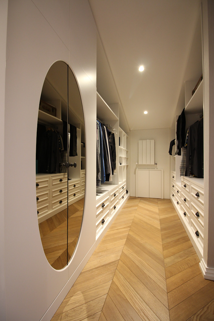 Lantana Parke Modern dressing room Wood Wood effect