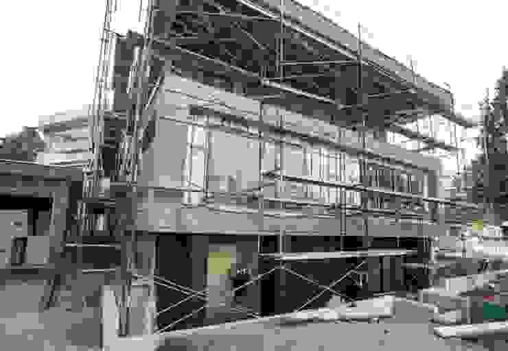 Zambezi Estate-New Build by Wentworth Construction Modern Concrete