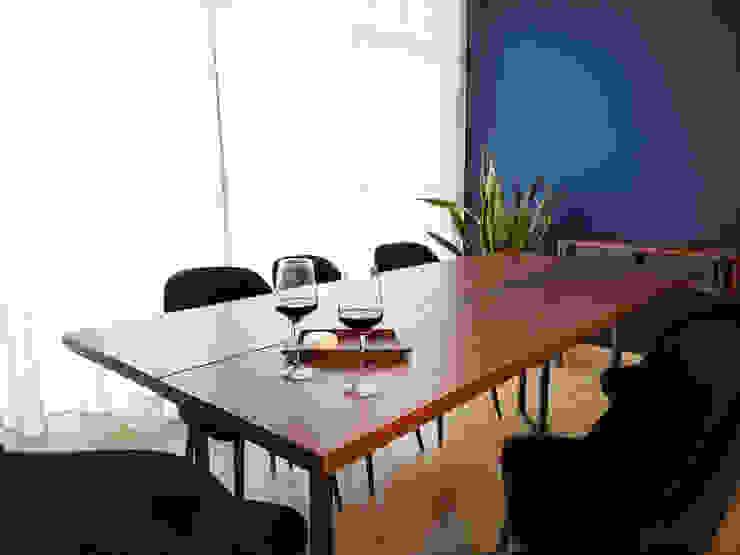Sentido Arquitectura Minimalist dining room