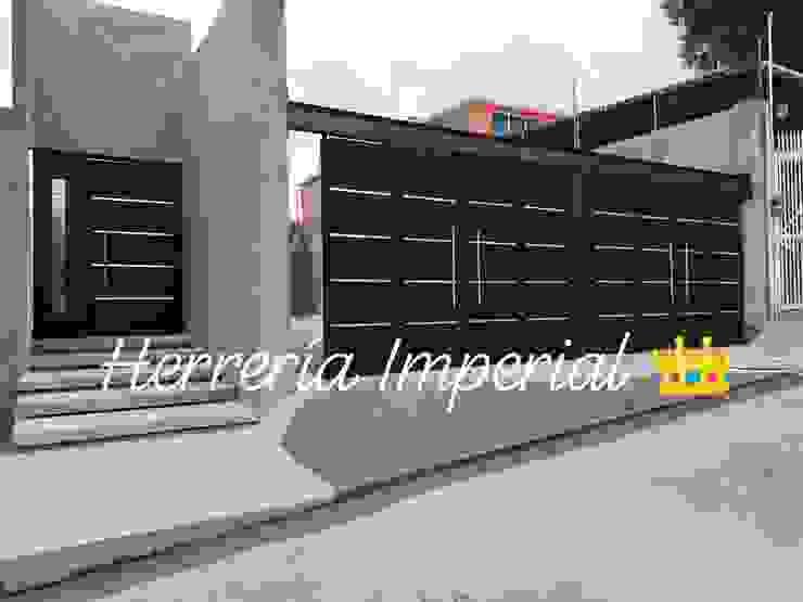 Herreria y Aluminio Imperial Pintu garasi Besi/Baja Black