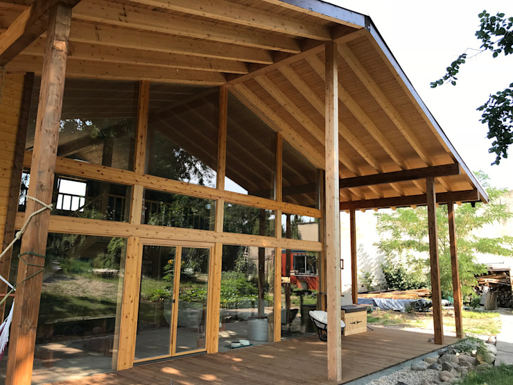 THULE Blockhaus GmbH - Ihr Fertigbausatz für ein Holzhaus Scandinavian style balcony, veranda & terrace