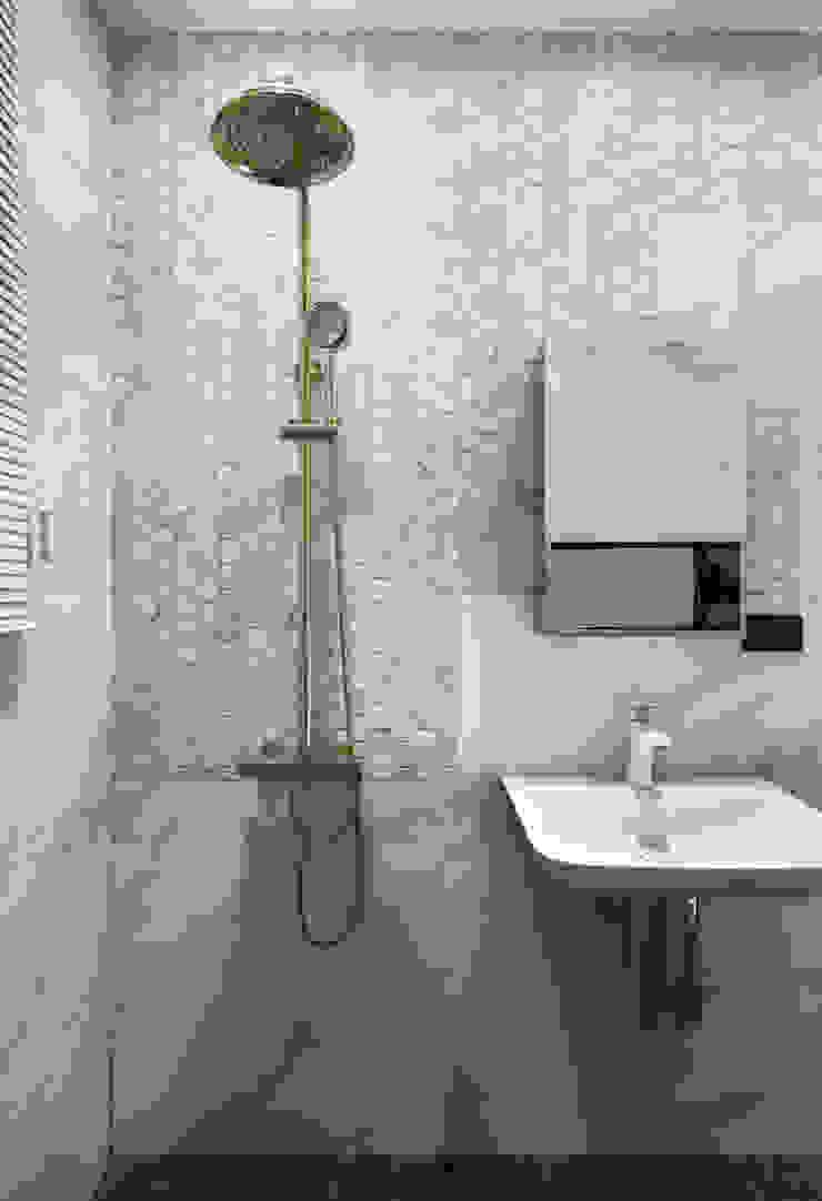 Baños de estilo minimalista de 肯星室內設計 Minimalista