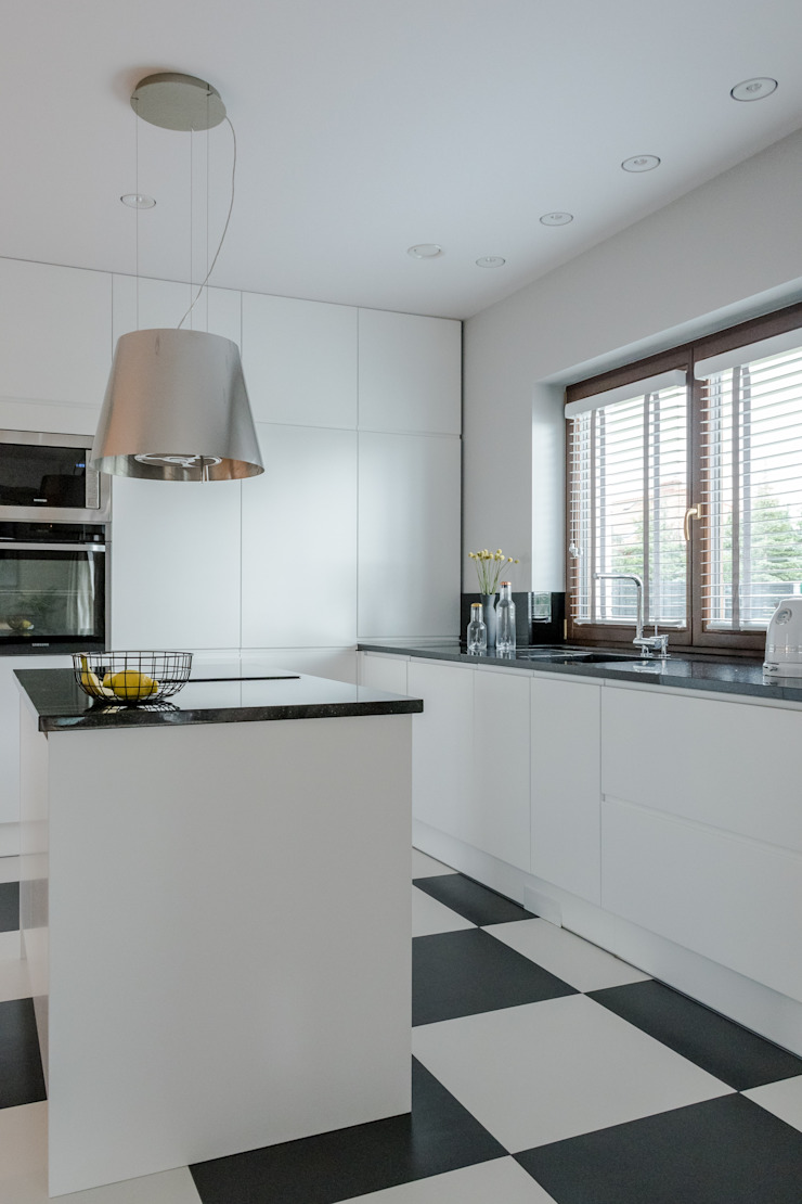 Scandinavian style kitchen by Bargański Pracownia Wnętrz Scandinavian