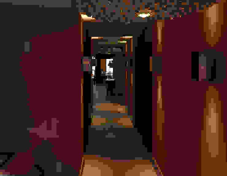 Elaine Hormann Architecture ห้องน้ำ คอนกรีต Amber/Gold