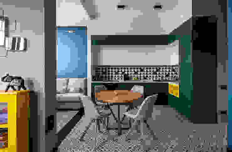 Проект Химки, Москва (Реализация) Кухня в стиле лофт от Interior designers Pavel and Svetlana Alekseeva Лофт