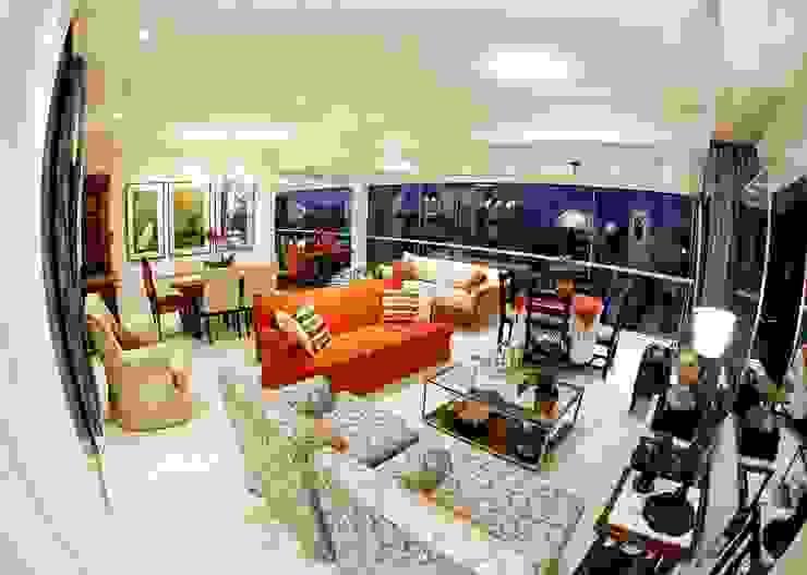 Classic style living room by Studio Brandenburg Classic