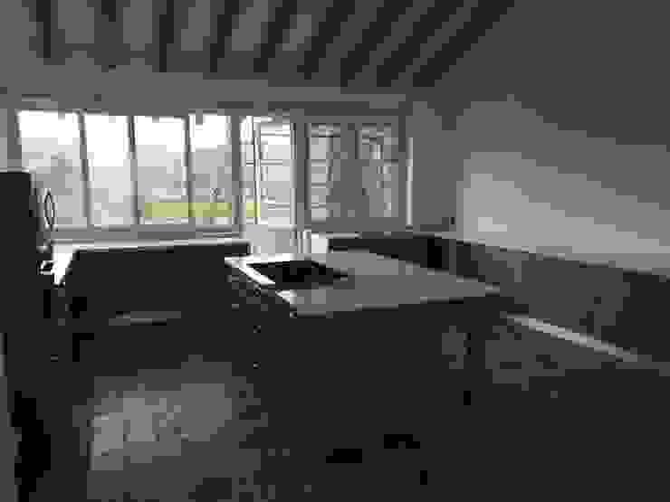 cocinascafeteriasmodernas Built-in kitchens Quartz White