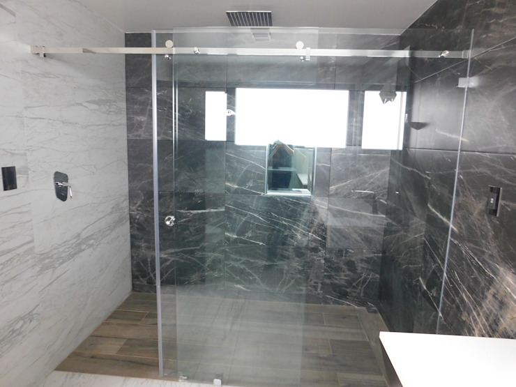 dBLuM°C Project Management BathroomBathtubs & showers Glass Transparent