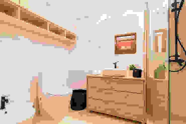 remodelação casa de banho por Rima Design