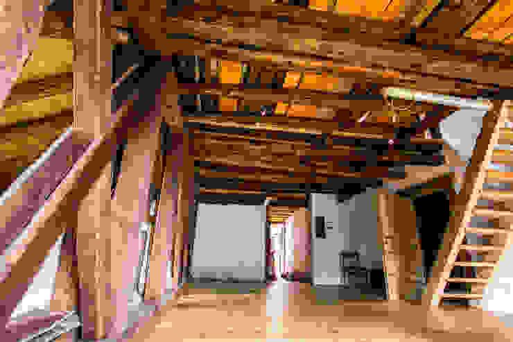 Esszimmer im Landhausstil von Monico Impianti Landhaus Holz Holznachbildung