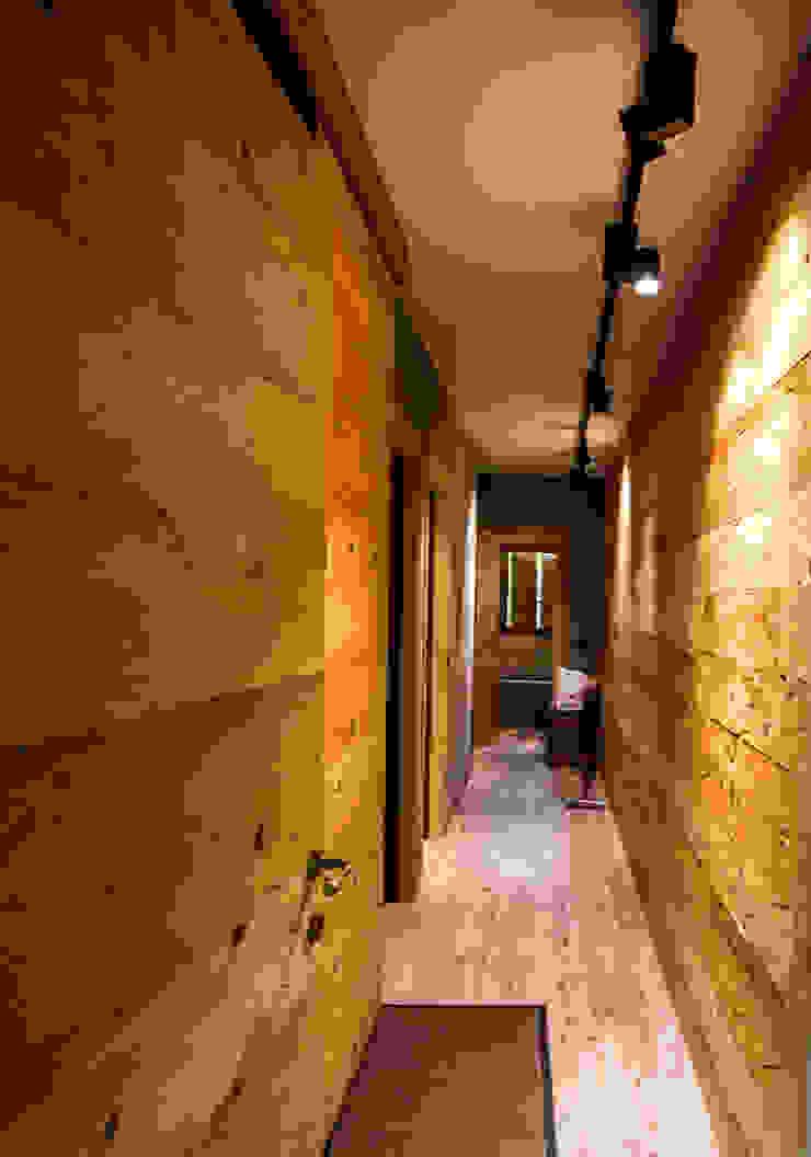 modern  by Monico Impianti, Modern Wood Wood effect