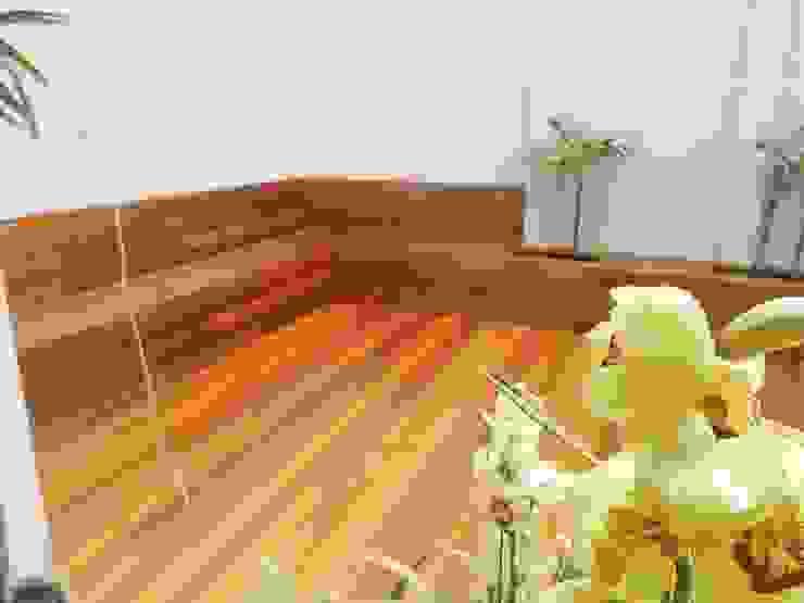solideck com. mad. e servicos eirelli Classic style garden