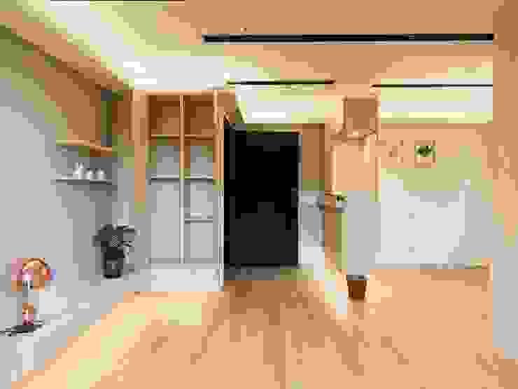 【住家】溫馨好品味的居家空間 根據 圓方空間設計 簡約風 合板
