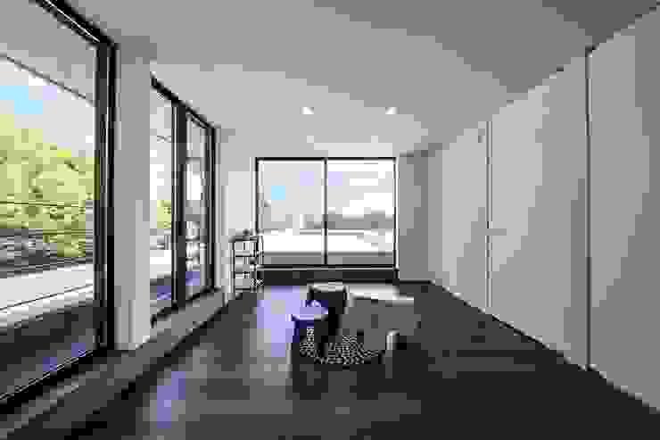 Moderne Kinderzimmer von STaD(株式会社鈴木貴博建築設計事務所) Modern