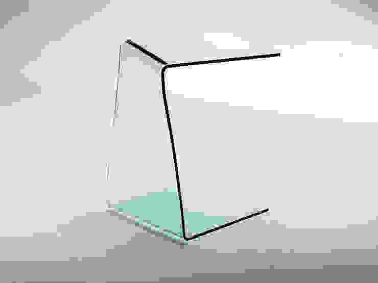 Tavolino servetto in vetro curvato Wry INFABBRICA SoggiornoTavolini Vetro Trasparente