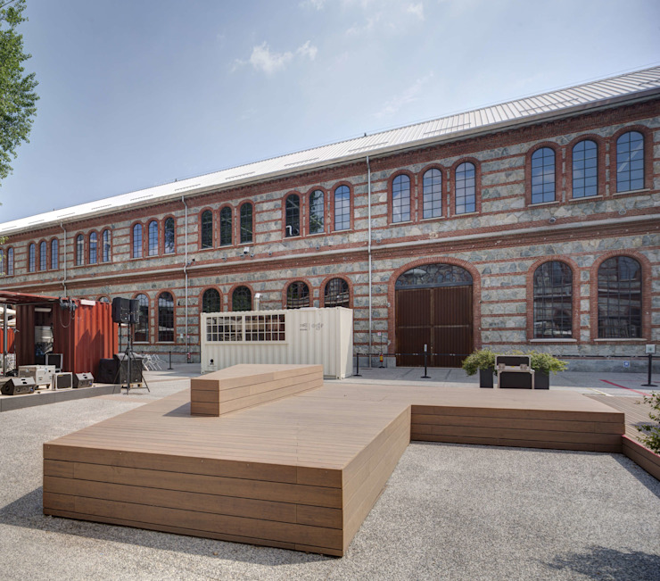 Panorama, il rivestimento ecosostenibile in bambù di Déco, per il dehor di Snodo OGR Bar & Club moderni di Déco Moderno Legno Effetto legno