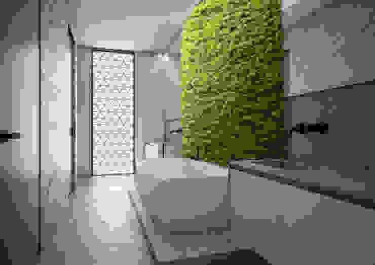 Minimalist bathroom by Aeon Studio Minimalist Marble
