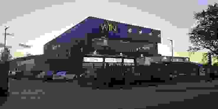 Centro deportivo Winfit, Chile Gimnasios domésticos de estilo industrial de Constructora Elisur Ltda Industrial Aluminio/Cinc