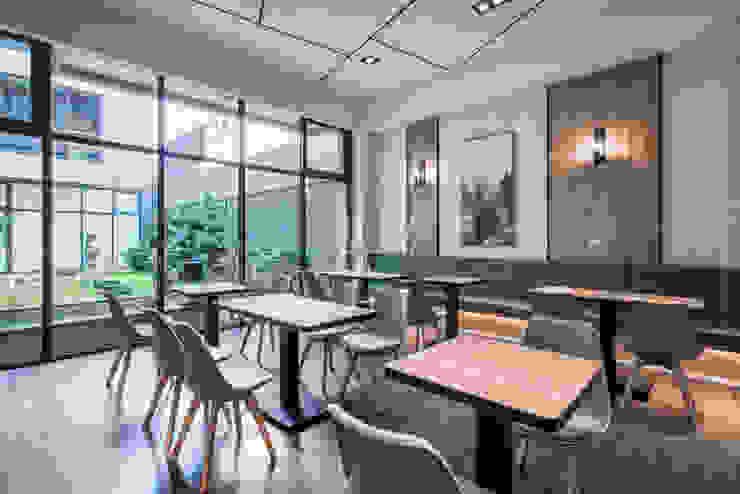 光洲路民宿-遇知安平/公共空間 根據 SING萬寶隆空間設計 北歐風