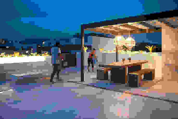 DC PROJECTS Diseño de interior Málaga Modern Terrace White