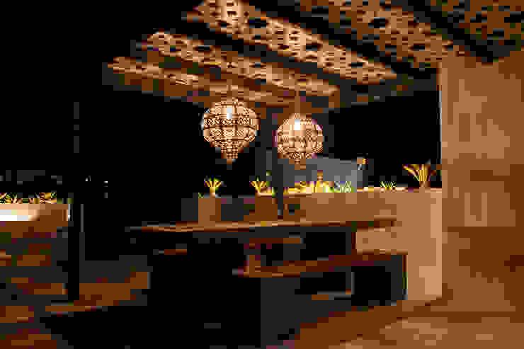 detalle comedor DC PROJECTS Diseño de interior Málaga Balcones y terrazas de estilo moderno