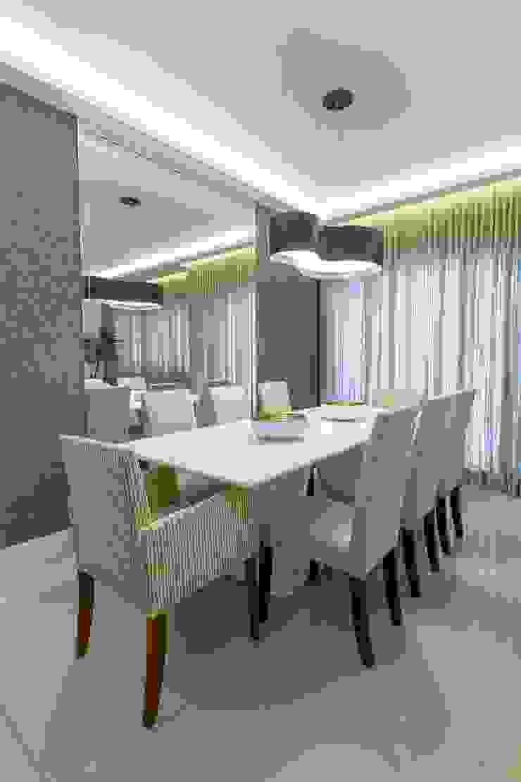 Salle à manger moderne par Milla Holtz & Bruno Sgrillo Arquitetura Moderne