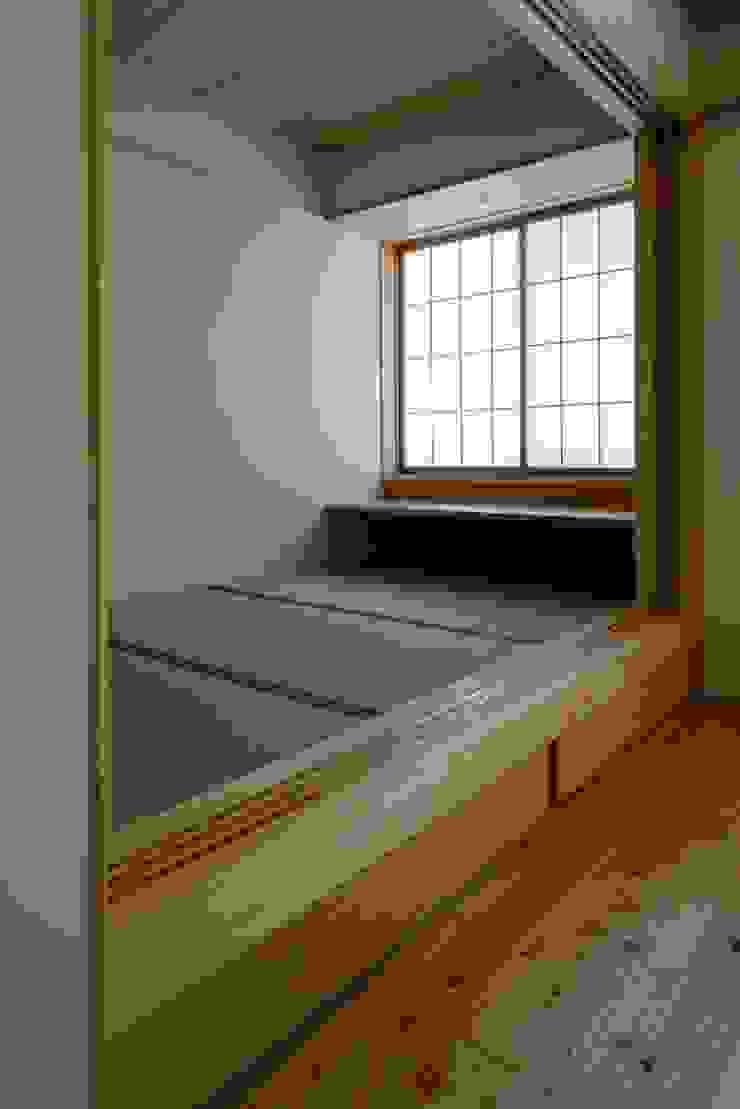 葛飾区T邸 オリジナルデザインの 多目的室 の スタジオ・スペース・クラフト一級建築士事務所 オリジナル