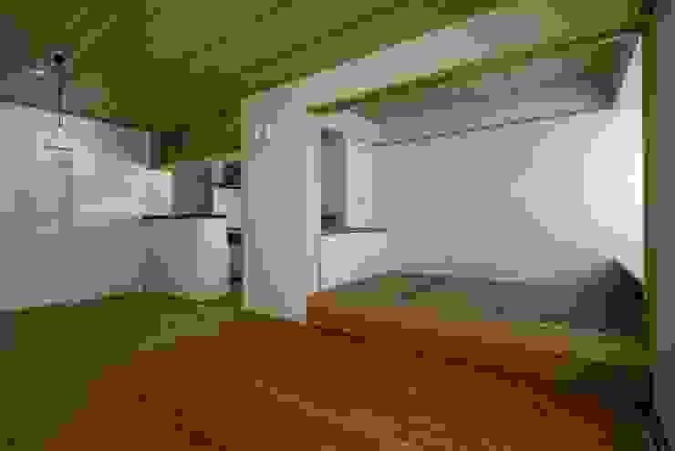 葛飾区T邸 オリジナルデザインの ダイニング の スタジオ・スペース・クラフト一級建築士事務所 オリジナル 無垢材 多色