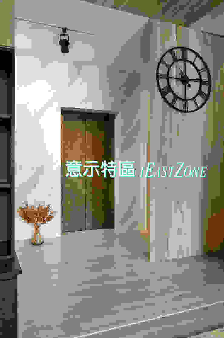 藝術電梯口: 現代  by 意示特區, 現代風