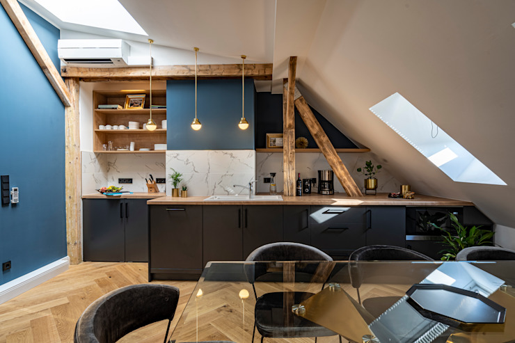Ivy's Design - Interior Designer aus Berlin Cuisine intégrée Bois Noir
