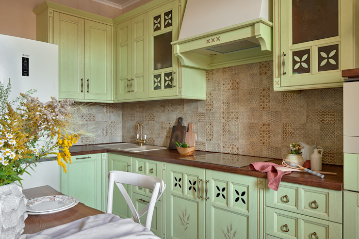 Кухня в стиле прованс от IvE-Interior Кантри