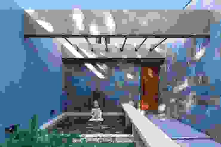 Casa Parque Leloir de Carbone Arquitectos Moderno Piedra