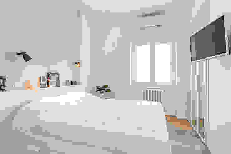 Partition House Camera da letto moderna di Caleidoscopio Architettura & Design Moderno